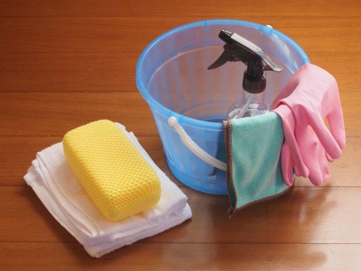 ベランダの床掃除方法