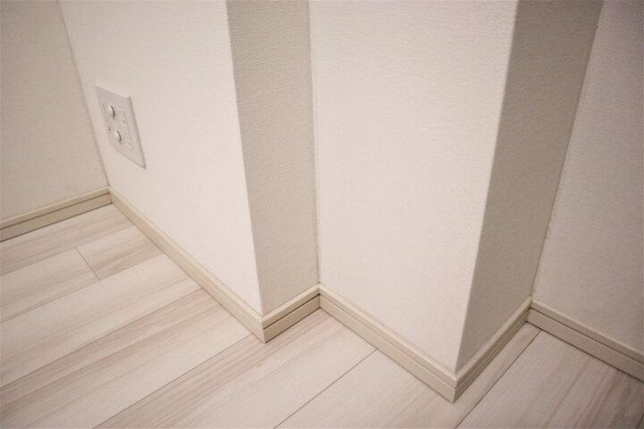壁や壁紙の汚れや黒ずみが発生する6つの原因