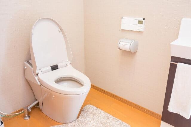トイレのつまりの高圧洗浄